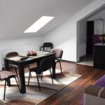 Apartament economy la mansarda cu 5 camere pentru 5 pers. (se poate solicita pat suplimentar)