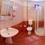 Fürdőszobás franciaágyas szoba