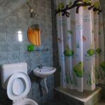 Pokój 6-osobowy na poddaszu z łazienką