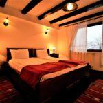 Erkélyes Standard franciaágyas szoba (pótágyazható)