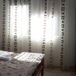 Prizemni Sa kupaonicom soba sa francuskim krevetom (za 2 osoba(e))