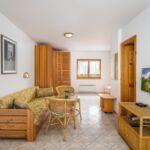 Apartman pro 4 os. s 1 ložnicí na straně bazénu v přízemí