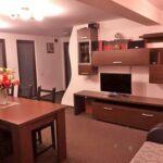 Apartament 4-osobowy Lux z balkonem z 7 pomieszczeniami sypialnianymi (możliwa dostawka)