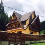 Domek drewniany 13-osobowy z panoramą