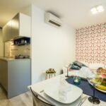 Apartament confort cu aer conditionat cu 2 camere pentru 4 pers.