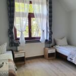 Twin Room ensuite with Shared Kitchenette