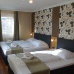 Na katu Standard soba sa 4 kreveta(om) (za 4 osoba(e))