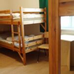 Apartman pro 24 os. s 5 ložnicemi s výhledem do dvora