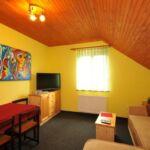 Egyágyas szoba (pótágyazható)
