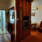 Apartament familial(a) cu vedere spre curte pentru 4 pers. (se inchirieaza doar integral)