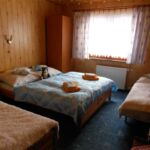 Quadruple Room with Shower and Shared Kitchenette