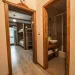 Zuhanyzós Premium négyágyas szoba