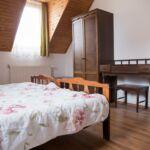 Apartament standard cu aer conditionat pentru 6 pers. (se inchirieaza doar integral) (se poate solicita pat suplimentar)