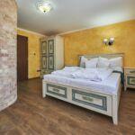 Standard Plus Pokoj s manželskou postelí v přízemí