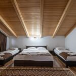 Camera dubla family la mansarda (se poate solicita pat suplimentar)