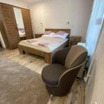 Földszinti Premium háromágyas szoba (pótágyazható)
