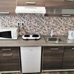 Apartament 4-osobowy z prysznicem z aneksem kuchennym (możliwa dostawka)
