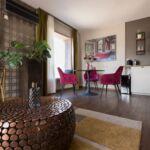 Apartament deluxe art cu 2 camere pentru 4 pers.