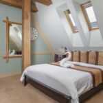 Standard Twin Room with Shower (extra bed available)