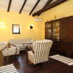 Apartman s klimatizací s terasou pro 8 os. se 3 ložnicemi K-7525