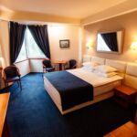 Rezydencja pokój 4-osobowy z łazienką z 3 pomieszczeniami sypialnianymi