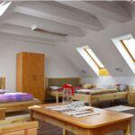 Tóra néző tetőtéri háromágyas szoba