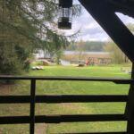 Ferienhaus mit Aussicht auf den Wald und Panorama auf den See