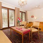 Camera dubla la etaj cu vedere spre parc (se poate solicita pat suplimentar)
