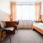 Camera single cu grup sanitar accesibil(a) persoanelor cu dizabilitati