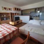 Apartament family la parter cu 2 camere pentru 4 pers.