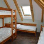Camera cu cadita de dus cu terasa pentru 5 pers.