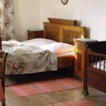 Casa de vacanta cu cadita de dus cu bucatarie proprie pentru 29 pers. (se inchirieaza doar integral)