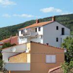 Apartament cu aer conditionat cu terasa cu 1 camera pentru 3 pers. A-5477-c