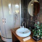 Apartament 3-osobowy z prysznicem z tarasem