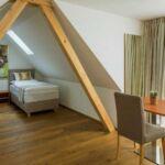 Camera twin cu bucatarie proprie cu terasa