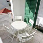 Apartman s klimatizací s terasou pro 4 os. se 2 ložnicemi AS-5819-b