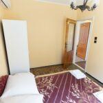 Apartament cu balcon cu aer conditionat pentru 11 pers. (se inchirieaza doar integral)