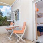 Apartament cu aer conditionat cu terasa cu 1 camera pentru 2 pers. A-4574-d