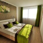 Appartement mit Klimaanlage und Panorama auf den See