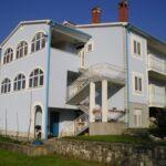 Apartament cu aer conditionat cu terasa cu 2 camere pentru 5 pers. A-16505-a