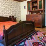 Izba so záhradou s manželskou posteľou na prízemí