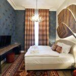 Renesance Pokoj s manželskou postelí na poschodí