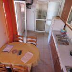 Apartament la etaj cu vedere spre gradina cu 2 camere pentru 5 pers.