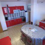 Apartament classic cu vedere spre mare cu 2 camere pentru 5 pers.