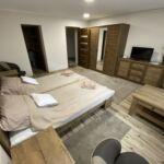 Földszintes Premium kétágyas szoba (pótágyazható)
