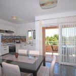 Erdgeschosses 3-Zimmer-Apartment für 6 Personen mit Aussicht auf das Meer (Zusatzbett möglich)