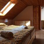 Tetőtéri légkondicionált franciaágyas szoba