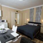 Apartman s manželskou postelí s 1 ložnicí s výhledem do zahrady v přízemí (s možností přistýlky)