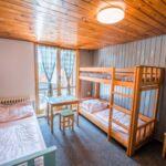 Camera twin cu terasa cu chicineta comuna (se poate solicita pat suplimentar)