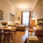 Upstairs Romantic 1-Room Apartment for 3 Persons